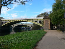 Richmond, Railway bridge and Twickenham Bridge, Middlesex © Eirian Evans